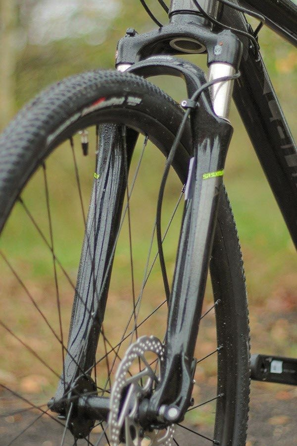 Cannondale Quick CX suspension fork detail