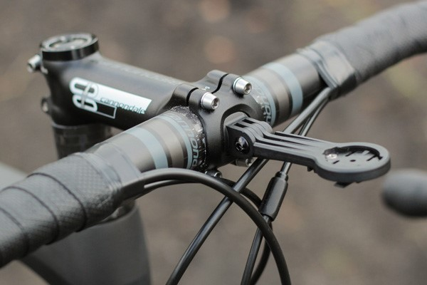 Cannondale Synapse Carbon stem and integrated GPS mount