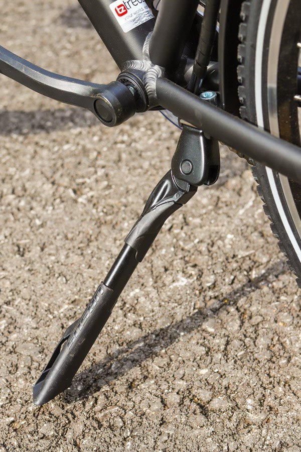 Raleigh Array Electric Bike kickstand