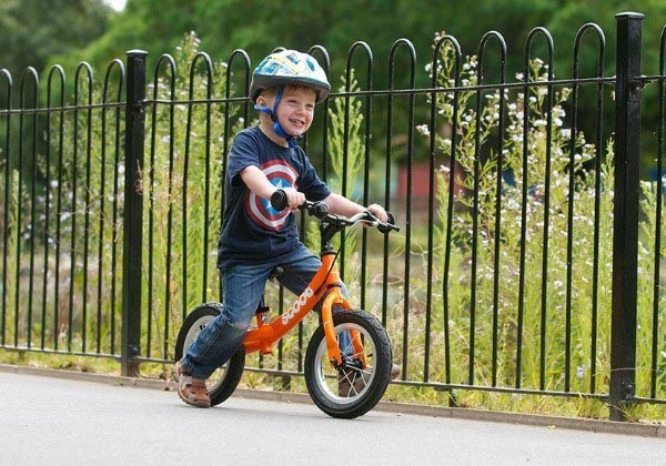 Help kids' to master the most important skill for cycling with a balance bike