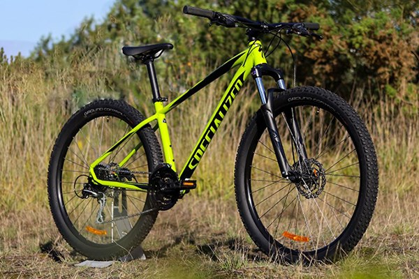 Specialized Pitch hardtail mountain bike