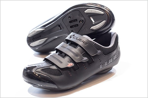 67250cb6e40 Soles with 5 holes are compatible with both 2 and 3 bolt pedals