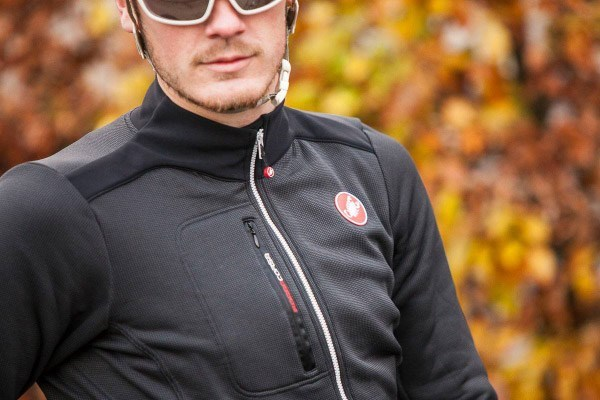 Cyclist wearing a windproof cycling jacket