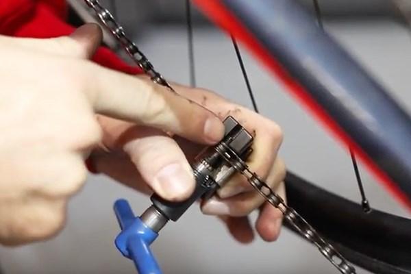 Breaking the bike chain