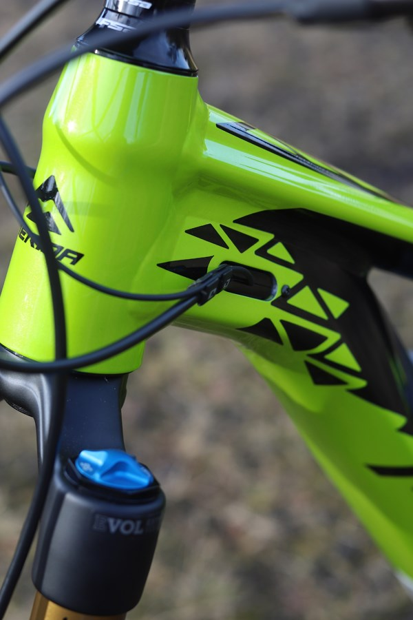 Merida eOne Sixty Smart Entry cable routing