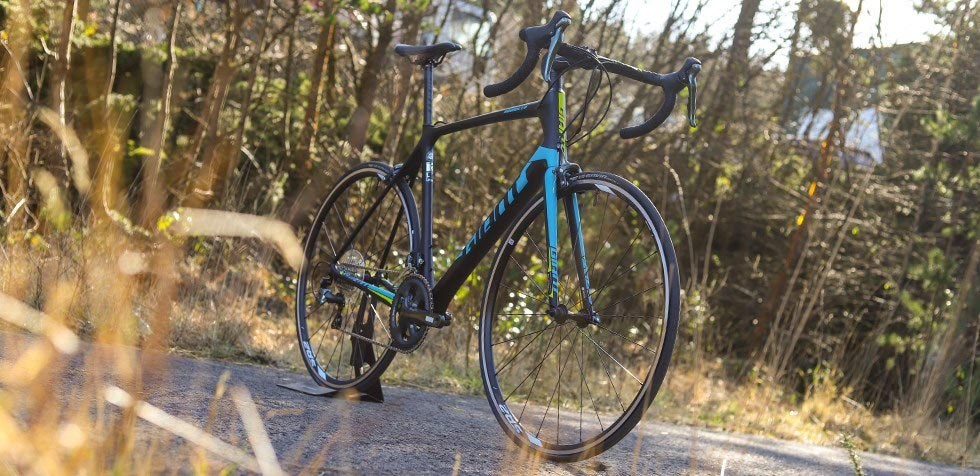 Giant TCR Advanced 2018 - a racing thoroughbred