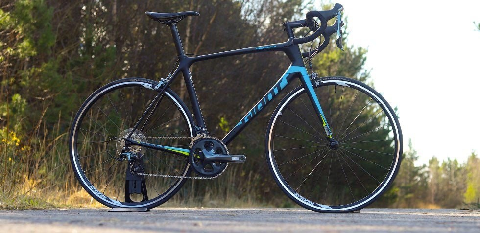 Giant TCR Advanced Road Bike Review | Tredz Bikes