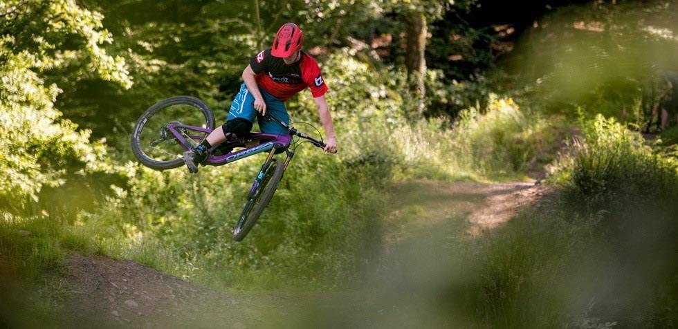 Orbea Rallon jumping