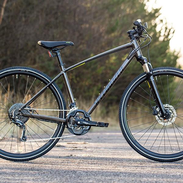 Specialized Crosstrail Hybrid Bike Review | Tredz Bikes
