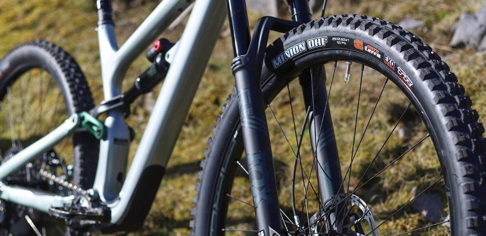 Cannondale Habit Carbon 2 29er wheels with Maxxis Minion tyres