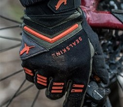Sealskinz cycling gloves