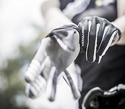 Merida Gloves