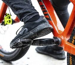 Five Ten MTB Shoe on pedal