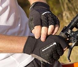 Short Finger Gloves