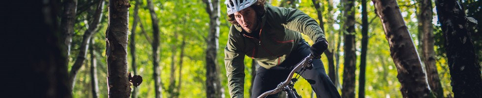 Cyclist wearing a windproof jacket