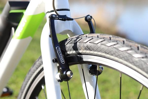 Gtech Sport electric bike v-brakes