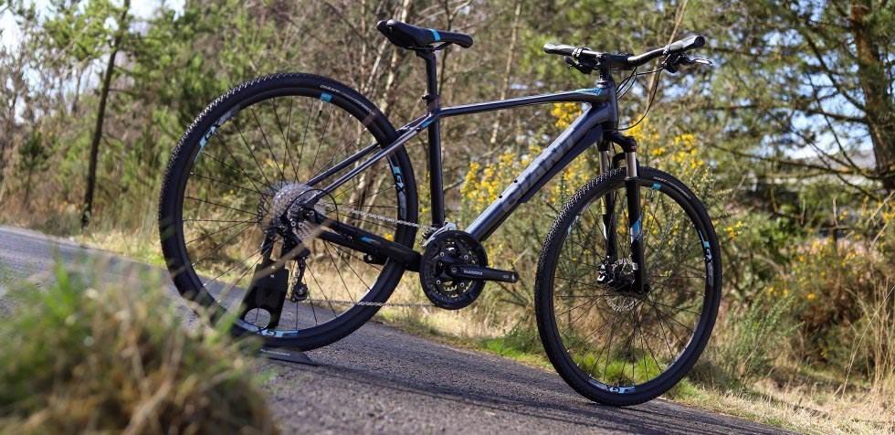 Giant Roam hybrid bike