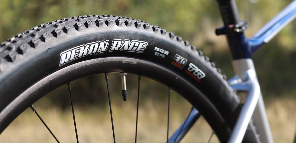 Giant Fathom wheels