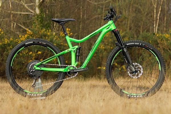 Specialized Stumpjumper Review | Tredz Bikes