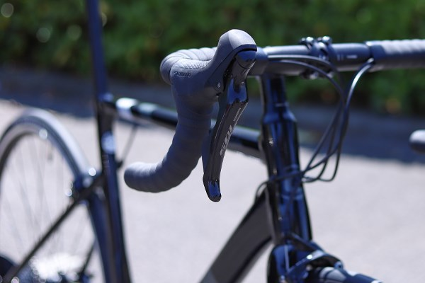 Cannondale CAAD13 brake lever detail
