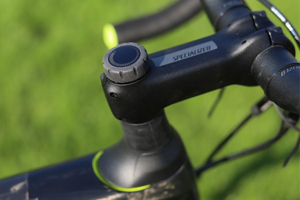 Specialized Roubaix Future Shock compression adjustmnet dial