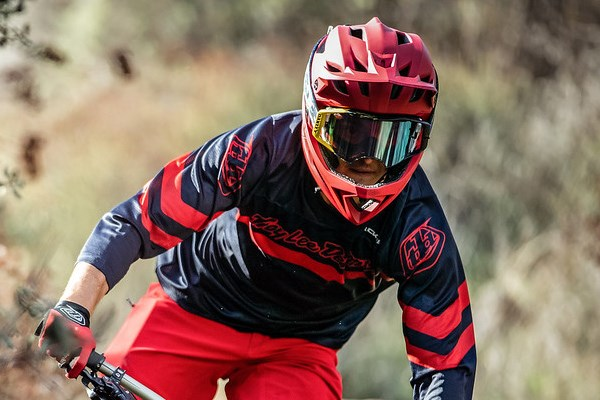 TLD rider wearing goggles