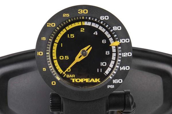 pressure gauge dial on floor pump
