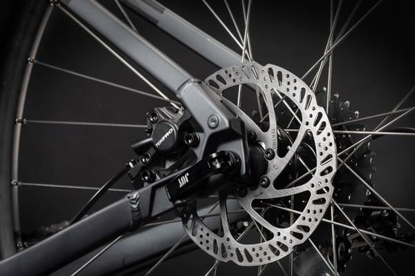 disc brake on a hybrid bike