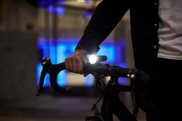 An appropriate front bike light for urban cycling