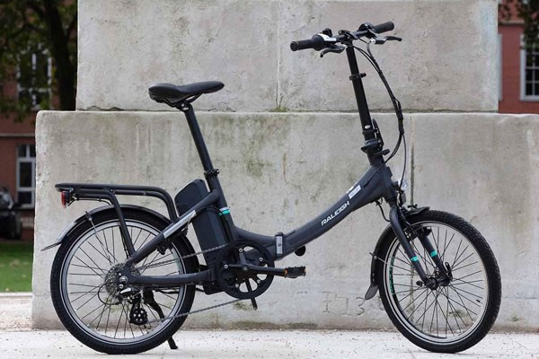 Side profile of Raleigh electric folding bike