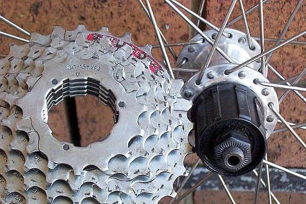 Close-up of a cassette & freehub