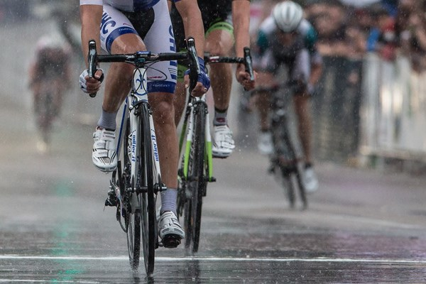 cycle race in the rain