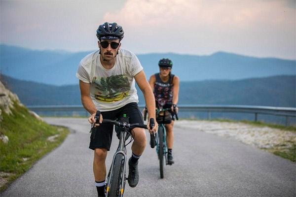 cyclists bikepacking