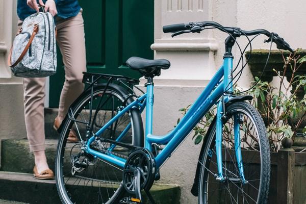 rear mudguard on a road bike