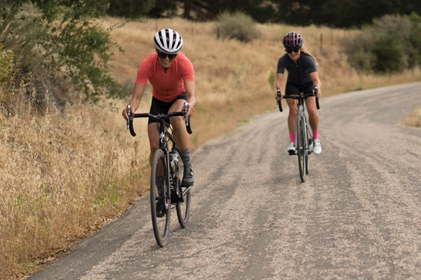Gravel cycling on dusty road
