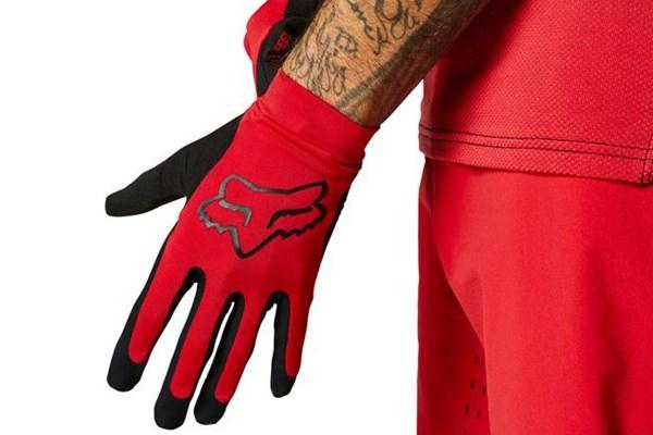 wearing a fox mtb glove