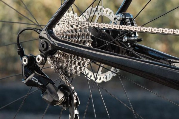 A shiny new chain and cassette