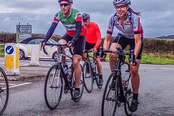 Sportive cycling