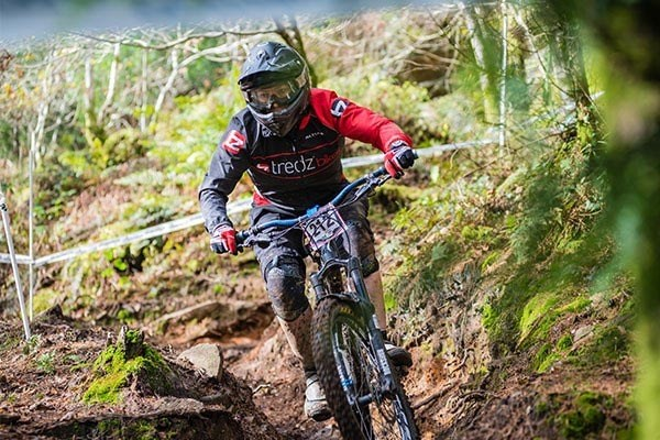 Team Tredz rider Lindsay takes on the final round of the Welsh Gravity Enduro Series in Afan