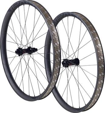 02f10a45c90 Specialized Roval Traverse SL Boost 650B 148 Carbon Wheelset | Tredz Bikes