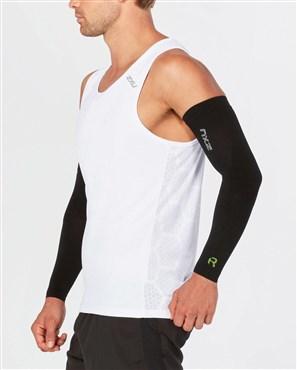 2XU Recovery Flex Arm Sleeve | Compression