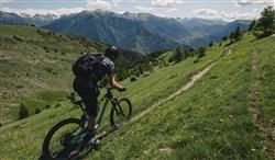 """Rocky Mountain Altitude Carbon 70 27.5"""" Mountain Bike 2019 - Enduro Full Suspension MTB"""
