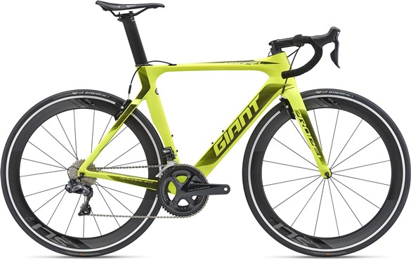 Giant Propel Advanced 0 2019 - Road Bike | Road bikes