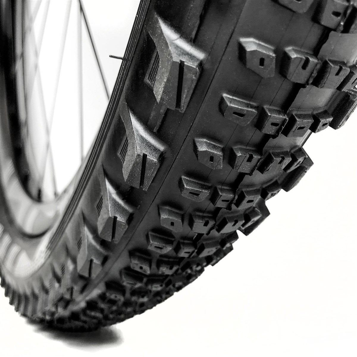 E-Thirteen TRS Race Semi Slick 27.5