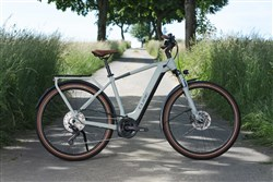 Cube Touring Hybrid Pro 625 2022 - Electric Hybrid Bike