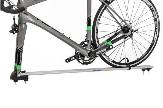 Peruzzo Pordoi Fork Mounting 1 Bike Roof Car Rack - Disc Brake Compatible