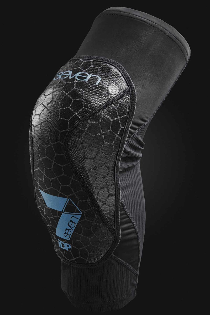 7Protection Covert Knee Guards | Amour